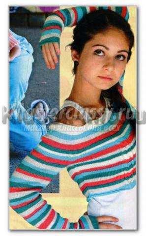 Вязаный короткий пуловер спицами в