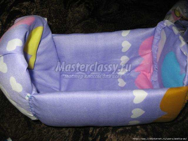 Кроватка для куклы из пластиковой бутылки своими руками