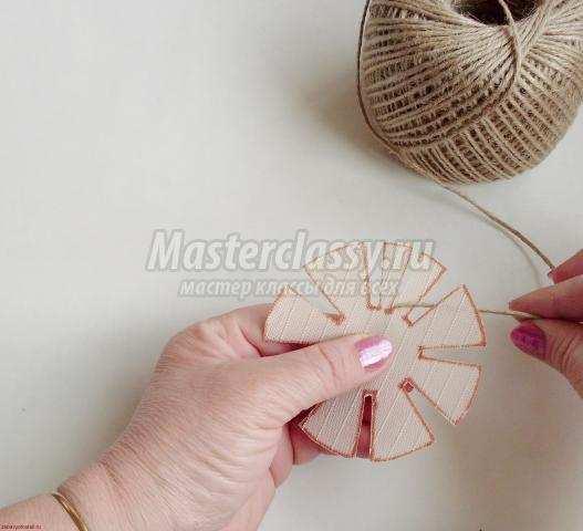 Как сделать цветы из шпагата своими руками фото