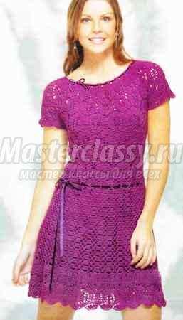 Кружевное платье, вязанное крючком.