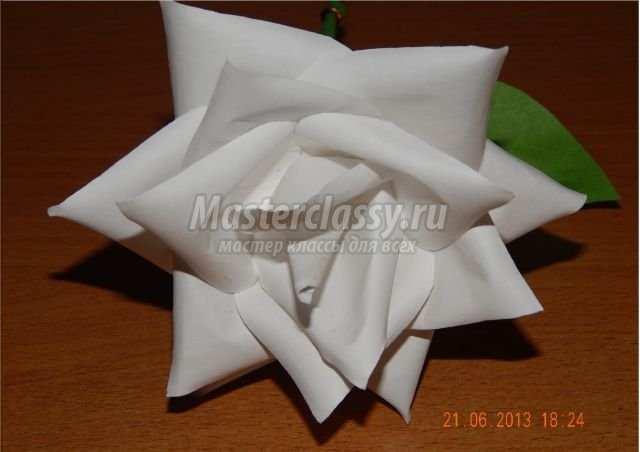 Роза из бумаги лента бумаги