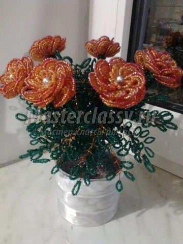 Букет роз из бисера мк - Делаем фенечки своими руками.